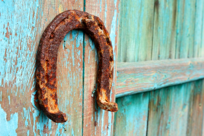 horse shoe on a barn. Amish visit