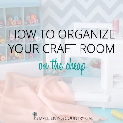 SEWING TABLE. How to organize your craft room