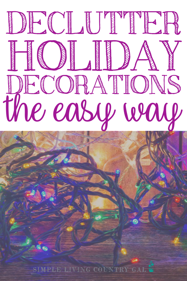 There is nothing more frustrating than opening up a box of holiday decorations only to find your favorite ornament broken. Follow these tips to pare down the decorations you have so you can better store the pieces you love. Simple and actionable steps that you can take to declutter your holiday decorations the easy way. #declutter #clutter #organization