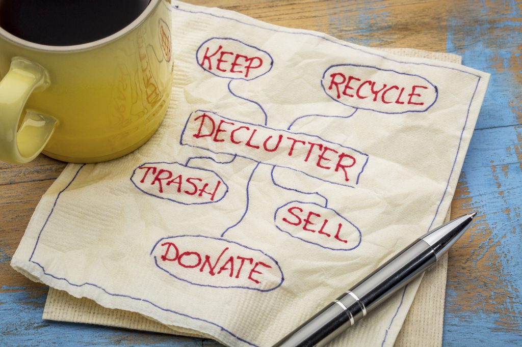 declutter napkin. How to declutter your home in minutes a day