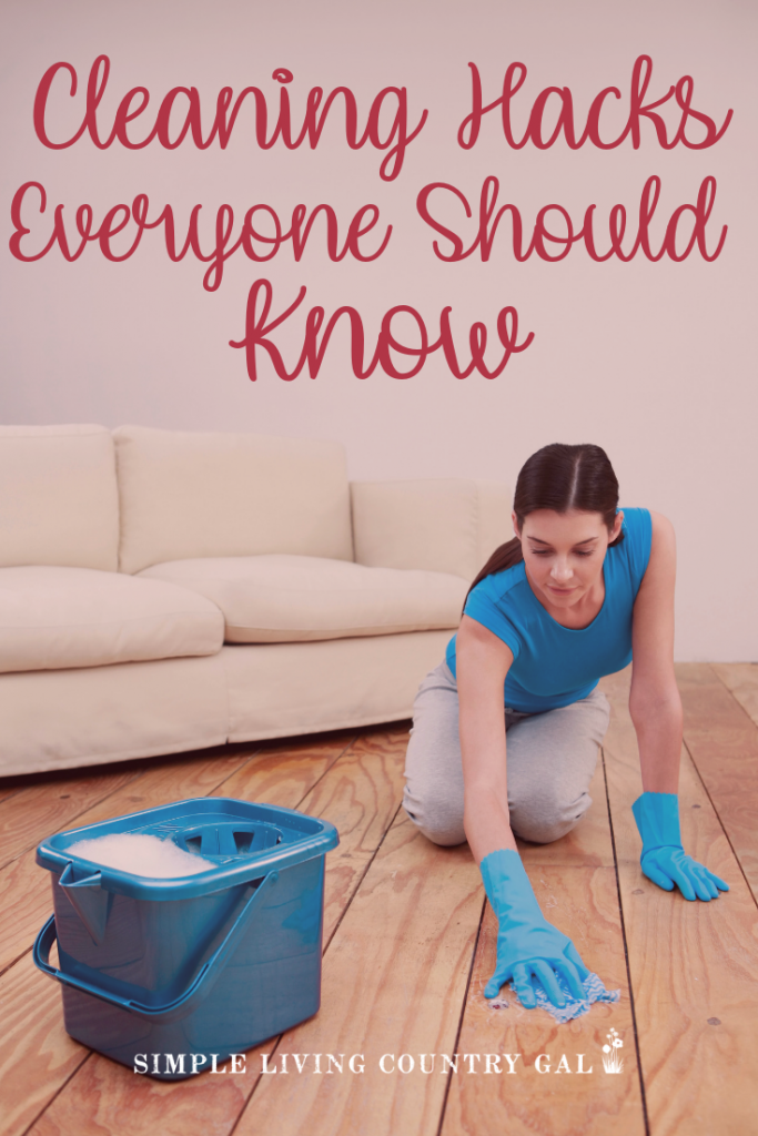 Tired of spending your weekends cleaning your house? What if I could change all of that with my super simple cleaning hacks? Clean without the overwhelm and love your house again! #cleaninghacks #cleaningsystems #springclean #cleaninghacks